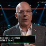 Super Smash Bros. Ultimate eletto miglior picchiaduro del 2019, Doug Bowser ritira il premio.